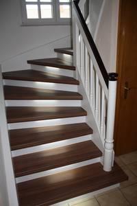 Innenausbau Treppe: Eine mit der trenovo Treppenrenovierung renovierte Treppe