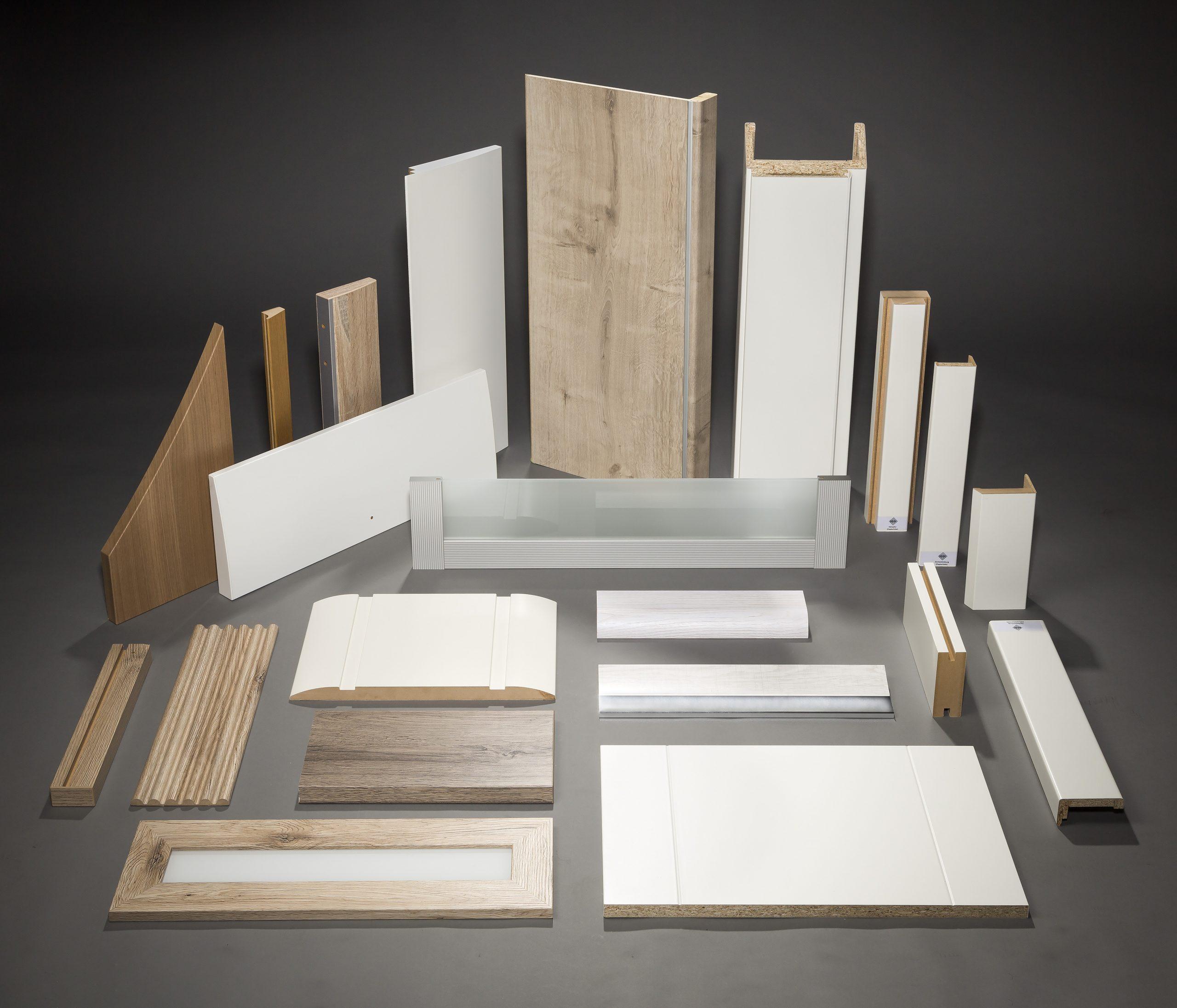 Produkte und Profile für Innenausbau, Möbelkomponenten und Türenindustrie